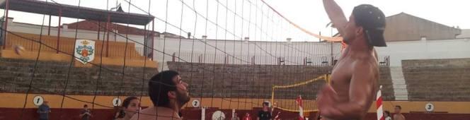 Alagón estrena su primer Torneo Voley Plaza con la participación de 17equipos